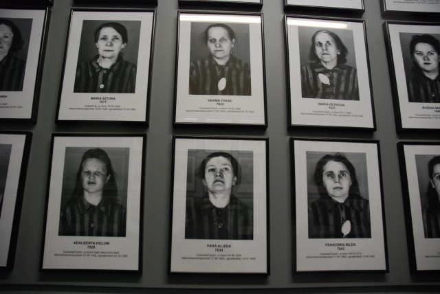 Prisoners Life Photographs at Auschwitz