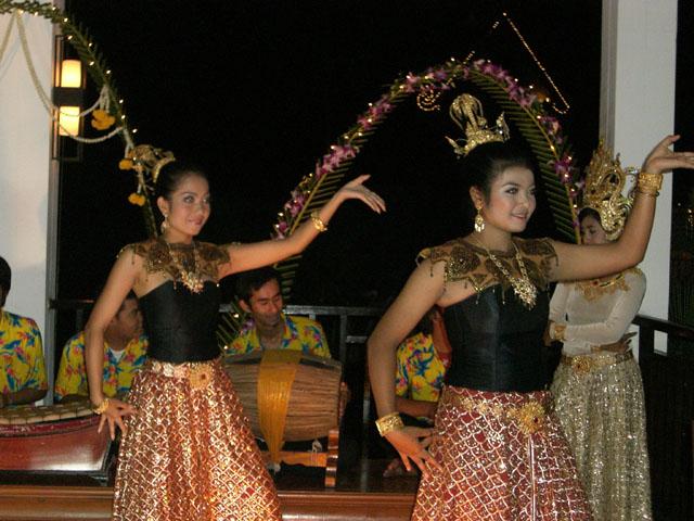Thai Dancing in Koh Samui