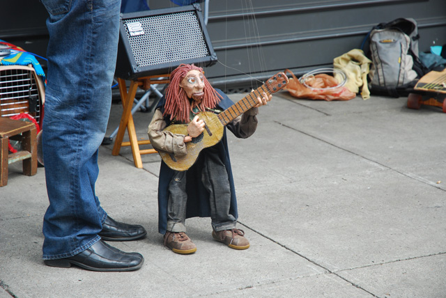 The Wisdom Marionettes at Portland Saturday Market