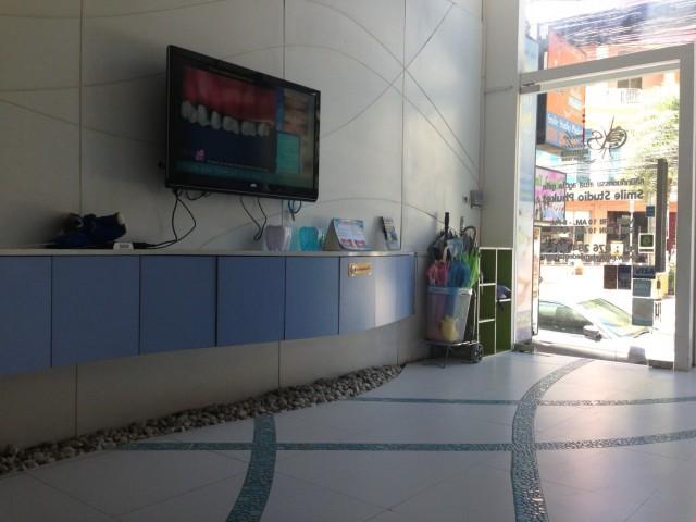 Smile Studio Phuket Dental Clinic
