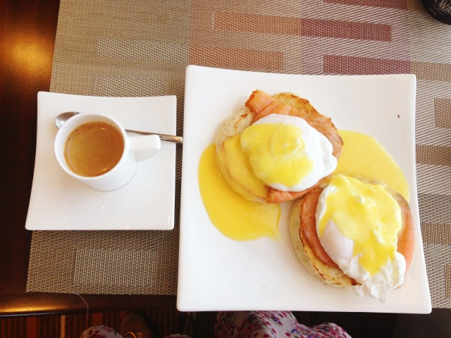 Eggs Benedict at the Executive Lounge Holiday Inn & Suites Makati