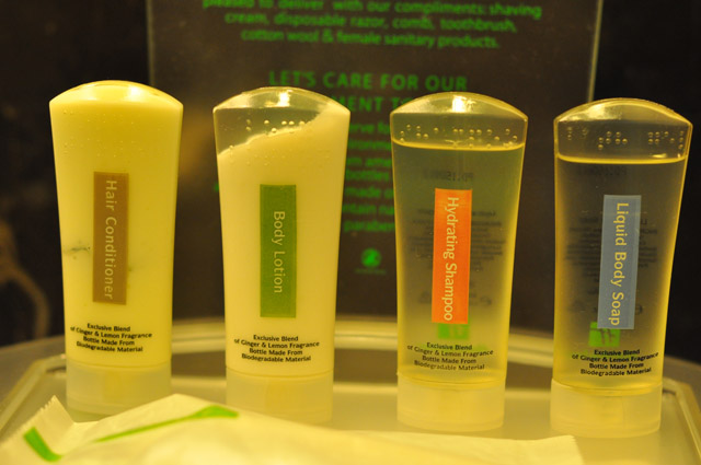 Holiday Inn & Suites Makati Toiletries