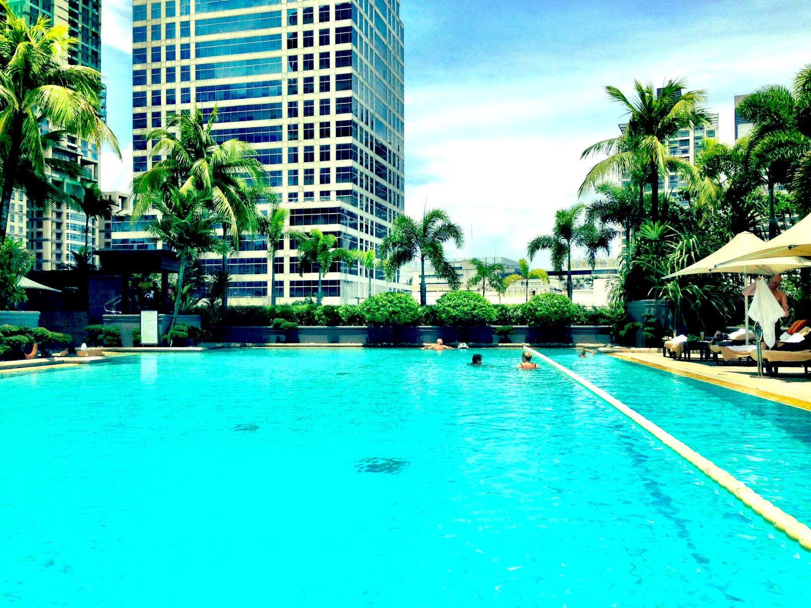 Makati Shangri La Hotel Review Pommie Travels