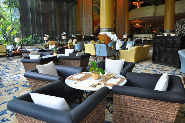 Shangri La Manila Lounge Bar