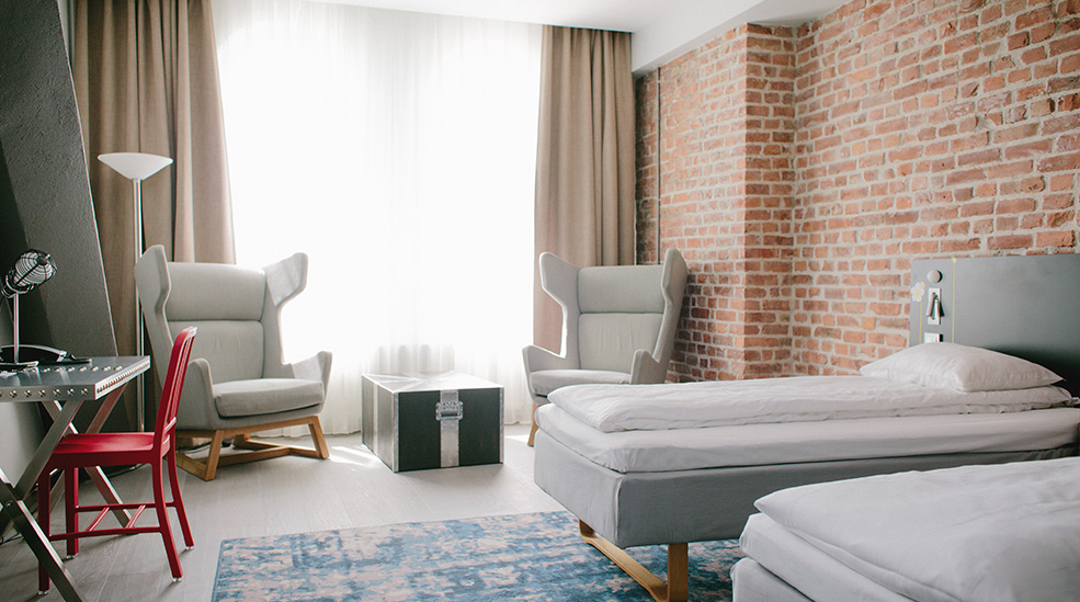 Review comfort hotel grand central oslo pommie travels for Design hotel oslo
