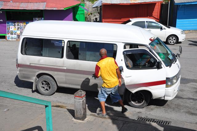 ZR Van Barbados