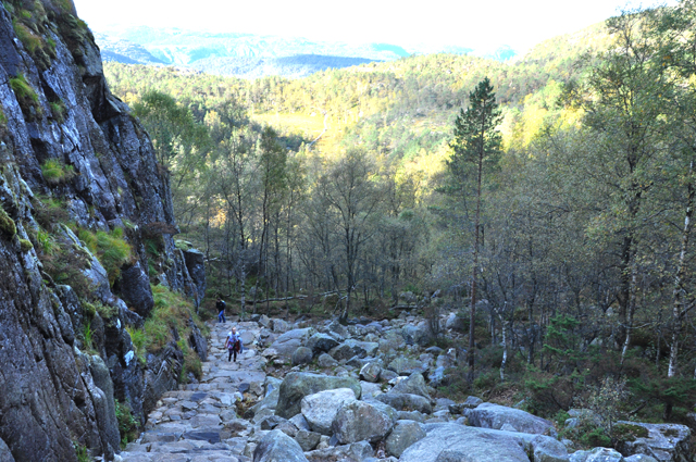 Hike to Pulpit Rock