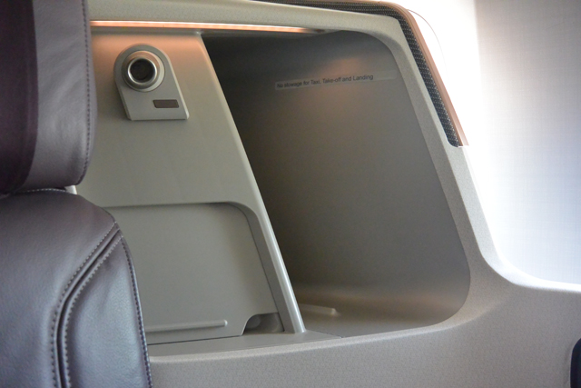 Singapore Airlines 777 Business Class Seat Storage