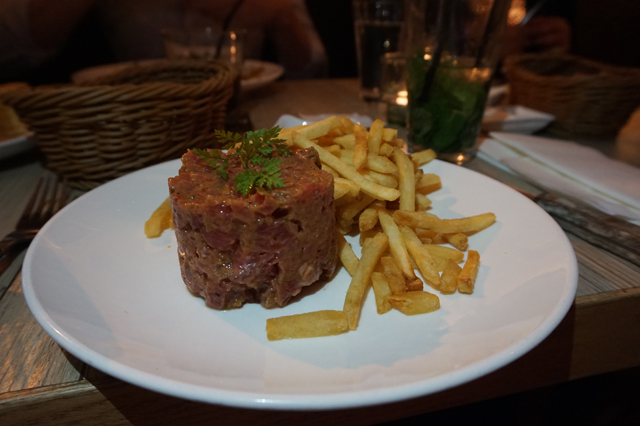 Metropolitan Restaurant Hong Kong Steak Tartar