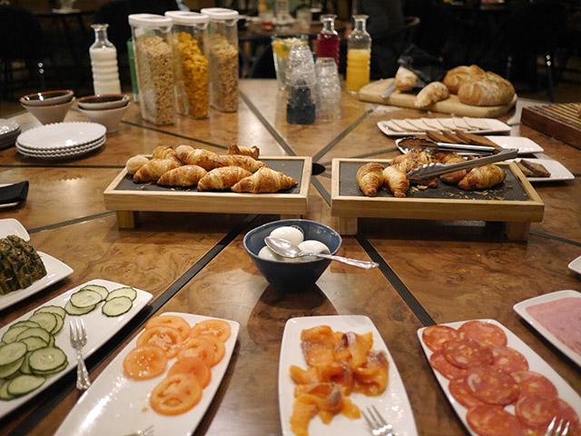 Apotek Hotel Breakfast Iceland