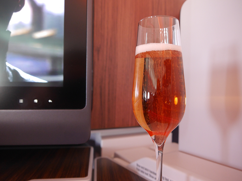 Qatar Airways Rose Champagne