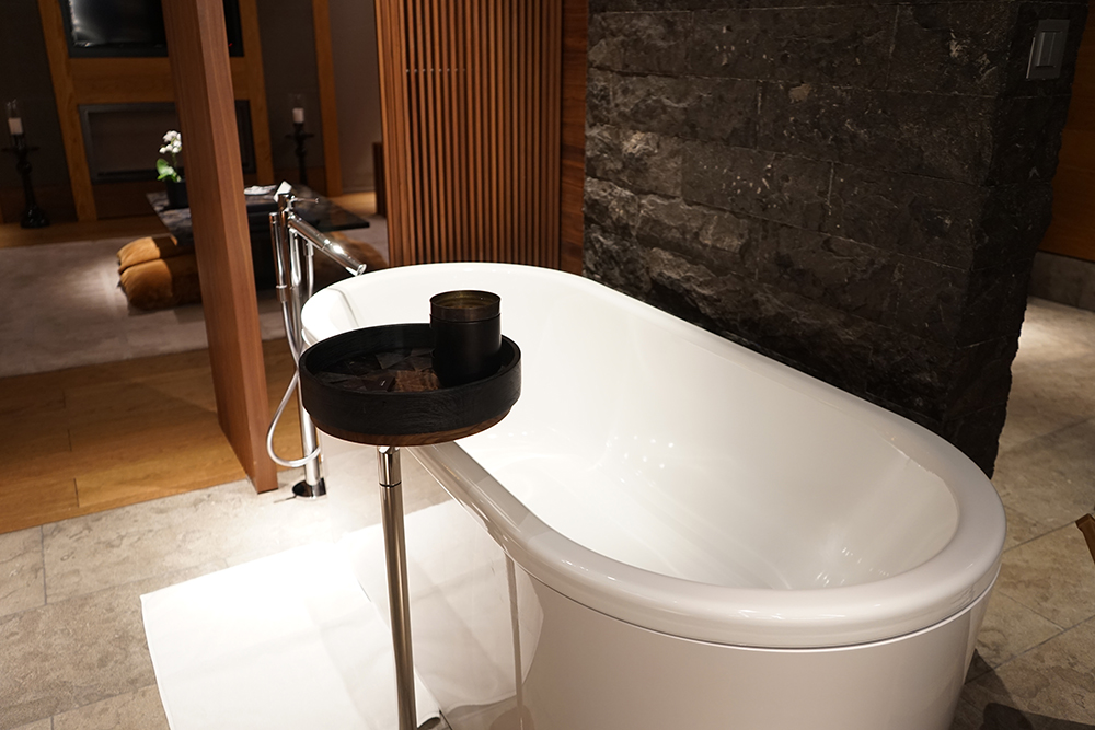 The Chedi Bathtub