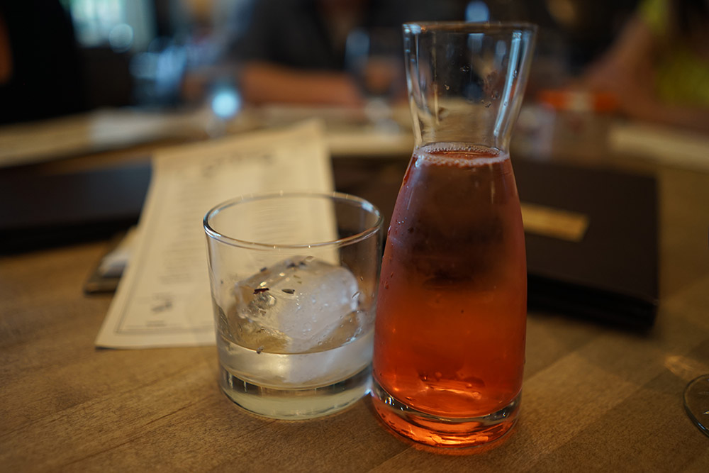 Gin Tonic Ampersand 27