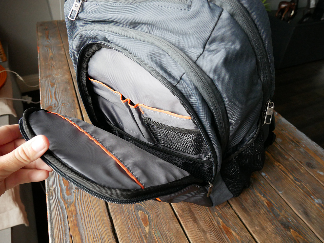 513bd2c5ba3c0 Samsonite GuardIT Laptop Backpack Review